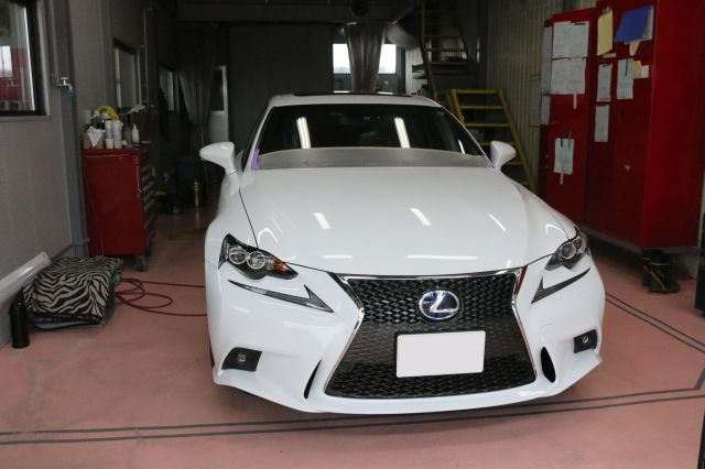 20161026_lexus_is_640.jpg